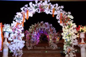tunnel entrance, maple leaves used for entrance decor