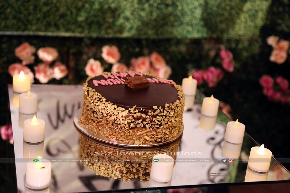 customized cake, cake service providers in lahore