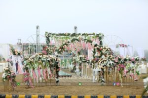 thematic entrance, imported and fresh flowers decor