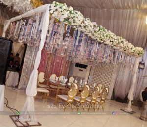 hanging garden, head table decor, caterers in lahore, fine dining