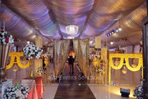 entrance decor, selfie booth, mayoun event, fresh flowers decor experts