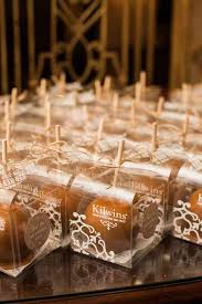 Candy apples for wedding favors