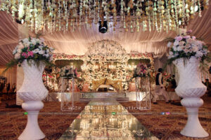 thematic decor, stages designers